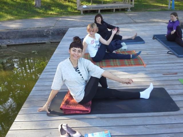 Poranne ćwiczenia jogi